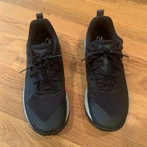 Nike Air Zoom Wildhorse Trail Running Shoe.